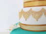 Torte in türkis & gold / eine Sommertorte
