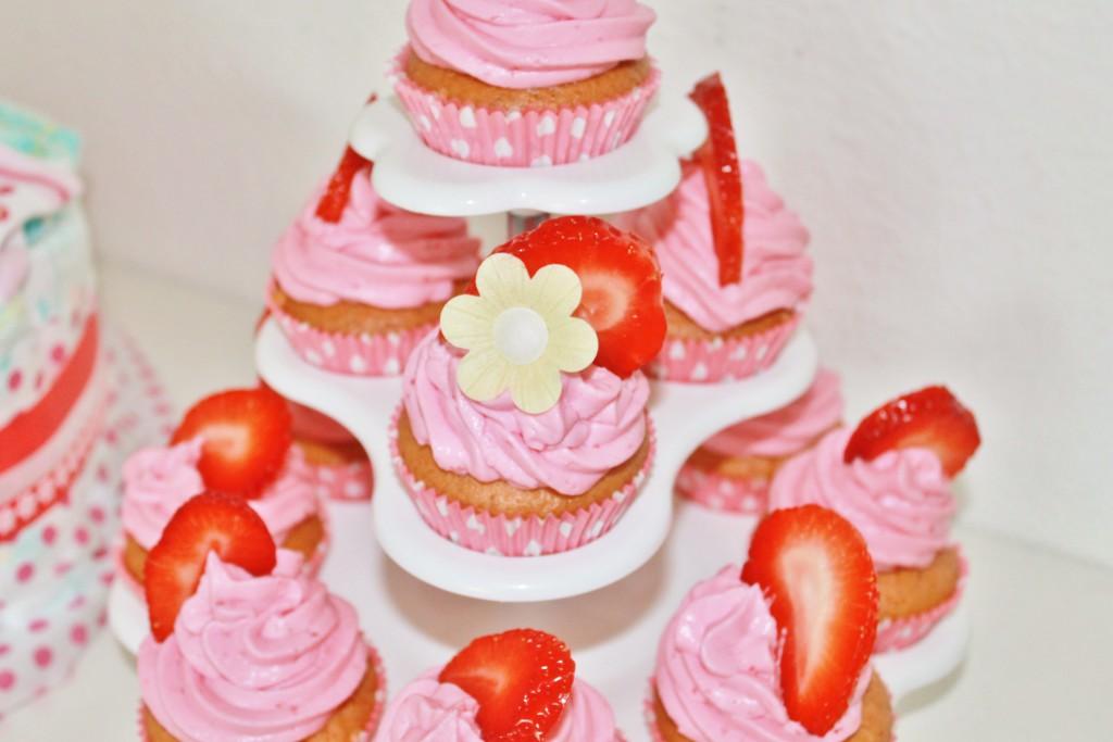 Erdbeer-Mascarpone-Cupcakes