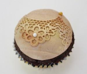 Cupcake mit Farbpuder